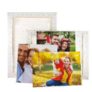 Tabloul canvas constă în imprimarea unei imagini de înalte rezoluții pe pânză canvas, pânză tratată la suprafață cu o compoziție care ajută imaginile sa fie redate până în cele mai mici detalii. Pânza imprimată cu imaginea dorită, este întinsă integral pe sasiul din lemn și se capsează pe partea din spate după care se aplică agățătoarea.